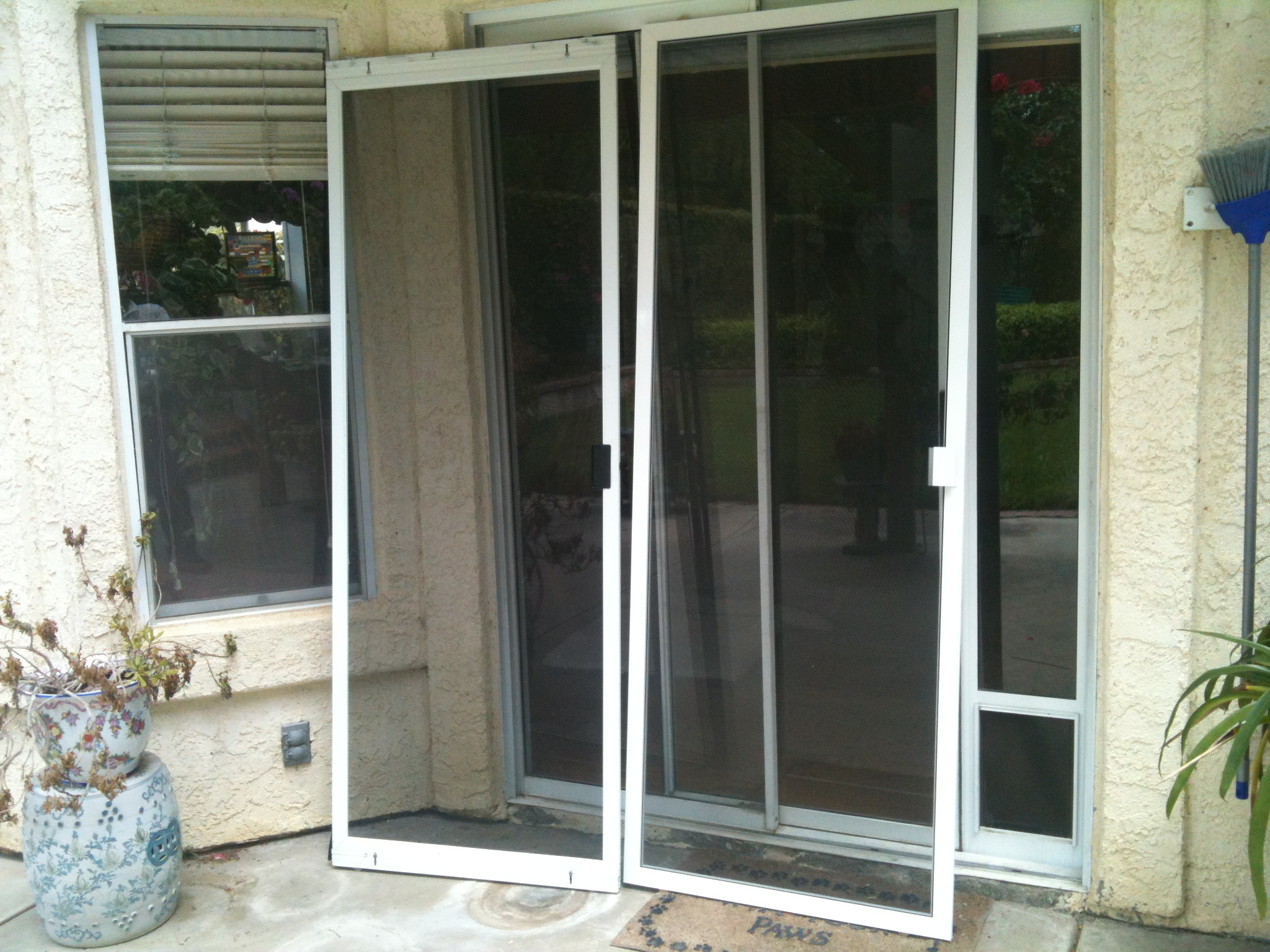 How to replace sliding patio door screen modern patio for Outdoor sliding doors